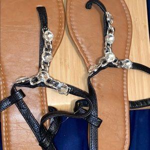 🌸NWOT chain sandals